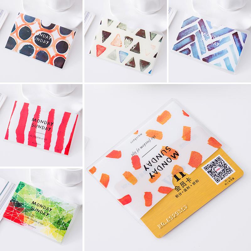 缤纷屋卡通PVC透明卡套 公交卡银行卡饭卡保护套证件套