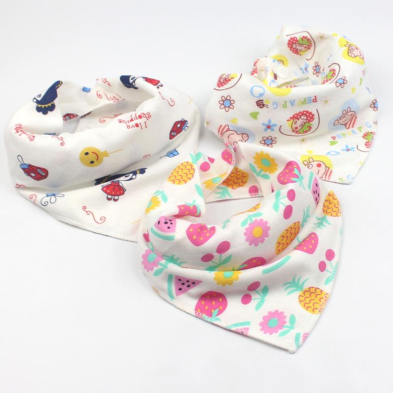 双层纯棉婴儿三角巾新生儿卡通印花按扣围嘴儿童围巾防脏母婴用品