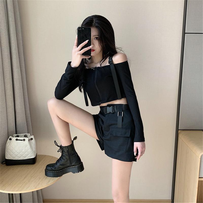 性感酷女孩穿搭一字肩蹦迪黑暗系上衣服女装套装夏露脐帅气风格潮图片