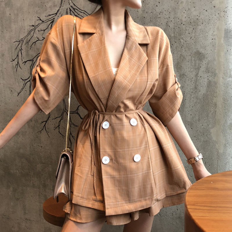 Summer 2020 new womens Retro double breasted lace up Plaid suit + oversized skirt pants set