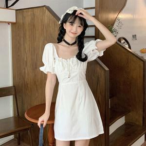 夏季2020新款宫廷风很仙的修身显瘦小心机网红短袖连衣裙仙女裙子