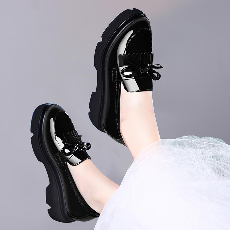 漆皮英伦风女鞋2020新款中跟女士皮鞋春季鞋子厚底松糕鞋高跟单鞋