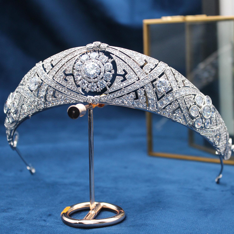 Recommended Wedding Princess Megan high end bride crown court European crown headdress fairy wedding jewelry hg030