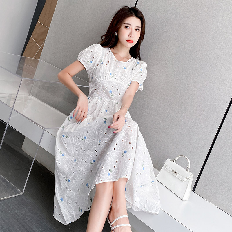 Summer 2020 new Hong Kong style with waist closing and thin bubble sleeve temperament white short sleeve dress womens skirt in fashion