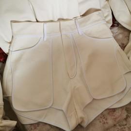 李婉君高腰短裤女夏宽松白色拼接休闲裤2020新款气质包边显瘦裤子