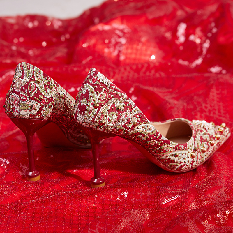 2020 new Chinese toast shoes red wedding high heels fine heel silk face bride Xiuhe shoes wedding shoes woman