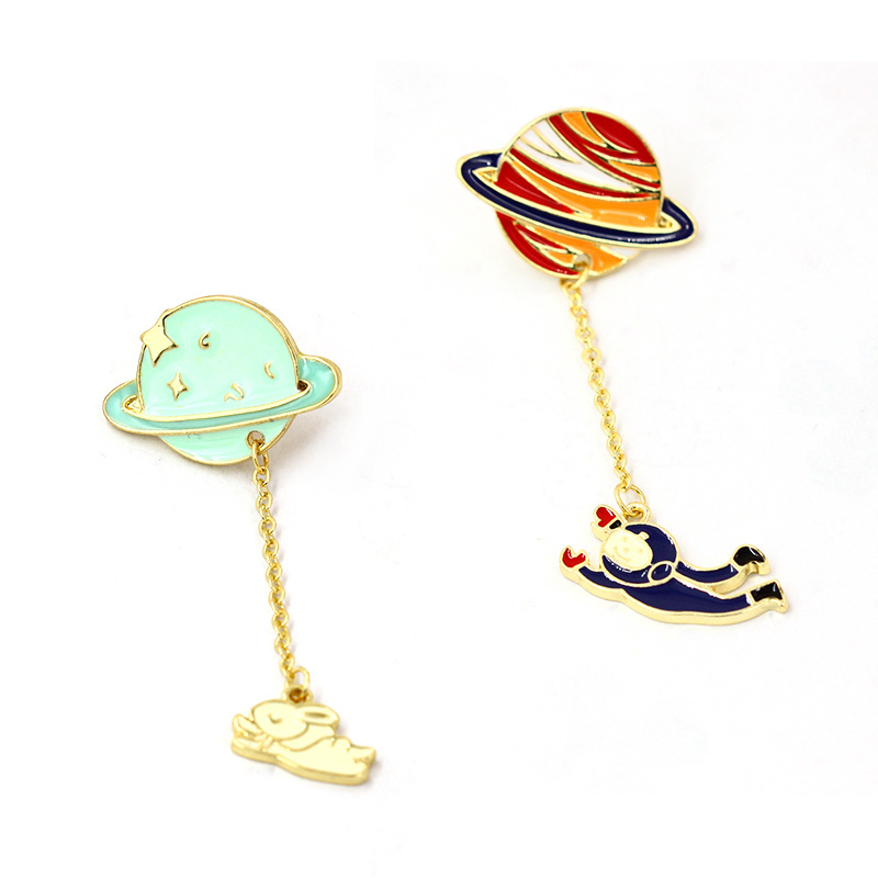Dream Star Jewelry New Fashion Japanese and Korean simple color planet astronaut rabbit Brooch collar pin brooch
