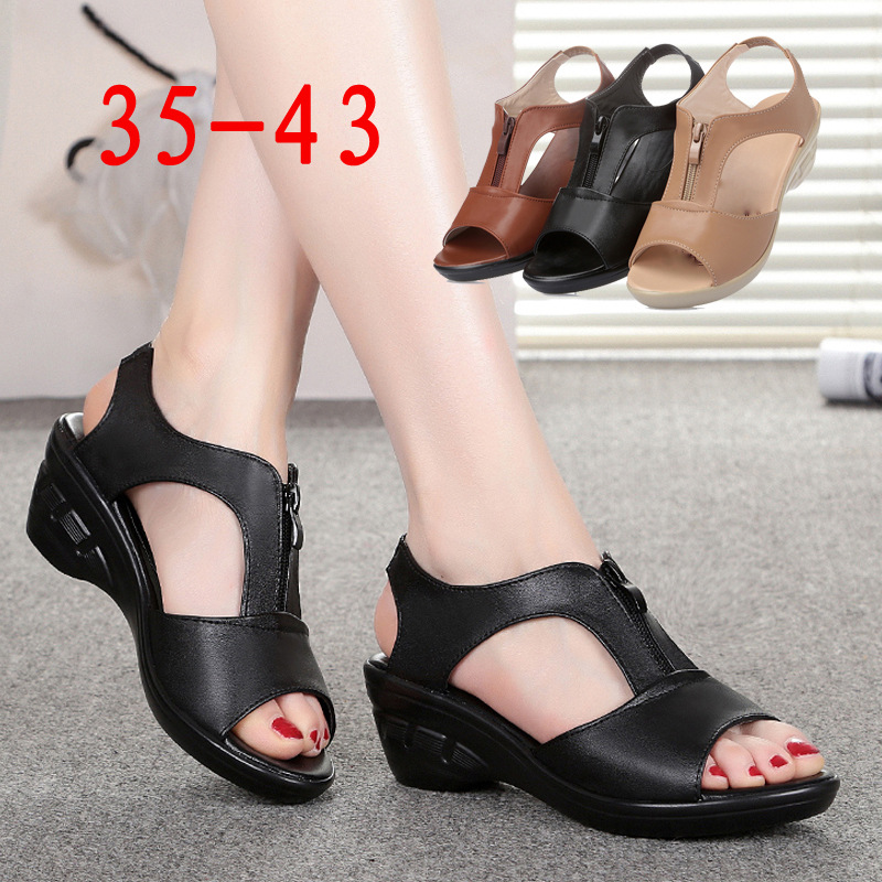 Slope heel sandals womens 2019 new leather medium heel thick soled mothers shoes middle-aged and old womens large fish mouth sandals