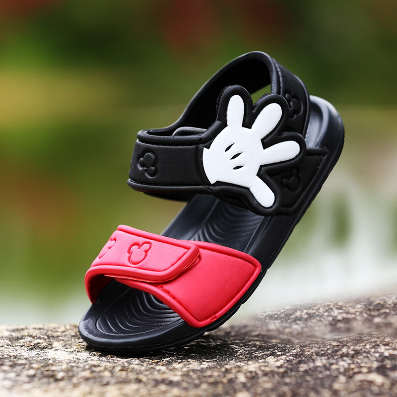 Childrens sandals childrens soft soled antiskid Velcro for boys and girls beach shoes for spring and summer 2020