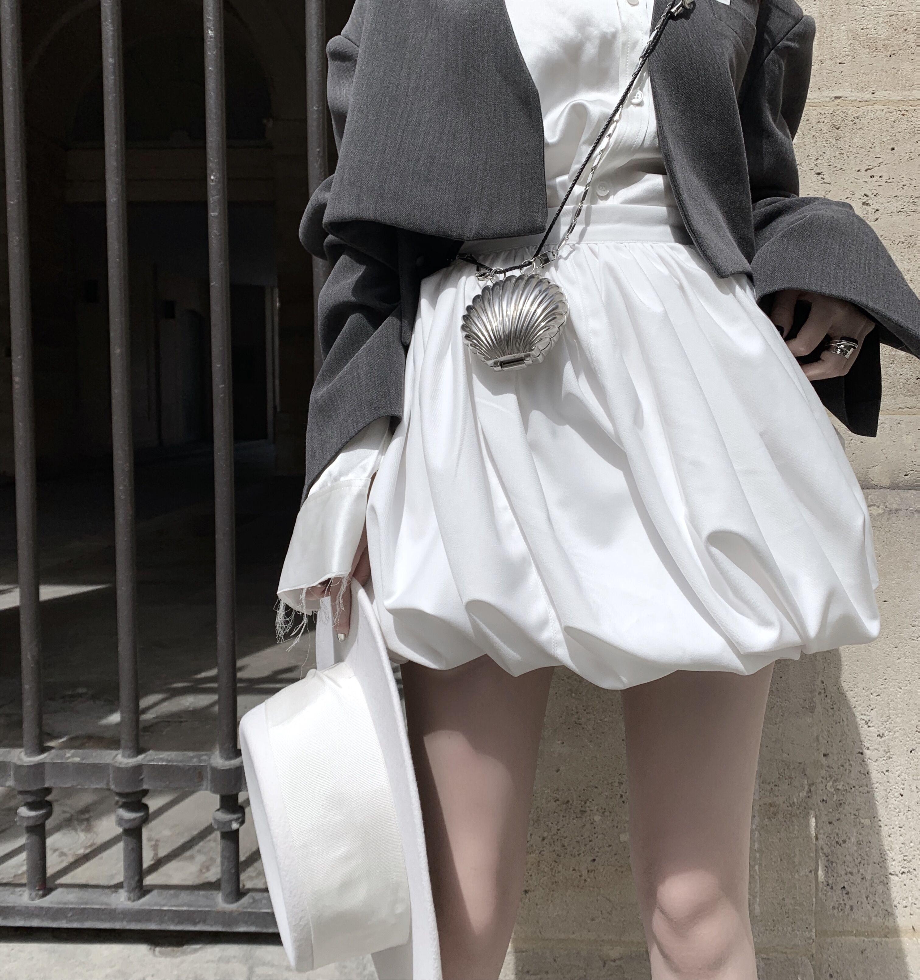 CHICYOU 时髦泡芙裙黑白灰三色高腰百搭气质名媛褶皱感半身裙短裙券后259.00元