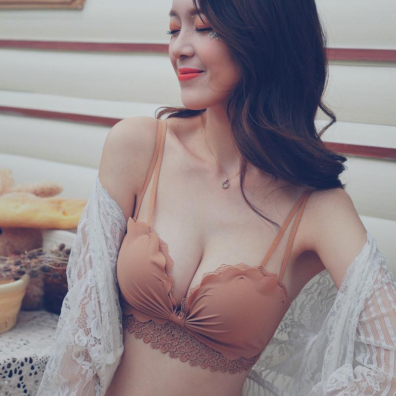 无钢圈小胸神器调整型上托蕾丝胸罩限10000张券