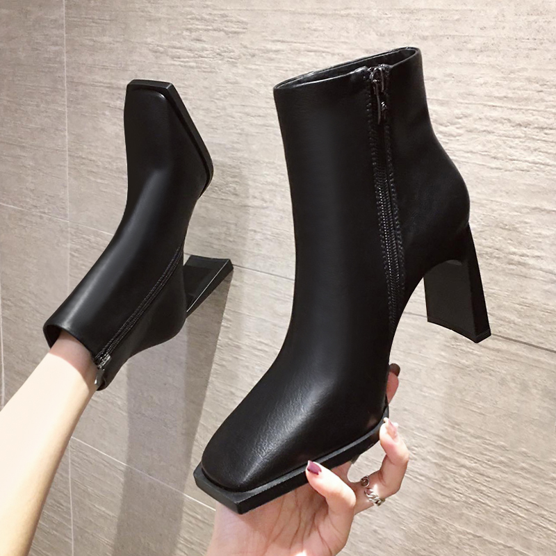 European station Martin boots womens British style autumn and winter 2020 new single boots bare boots square head thick heel high heel short boots