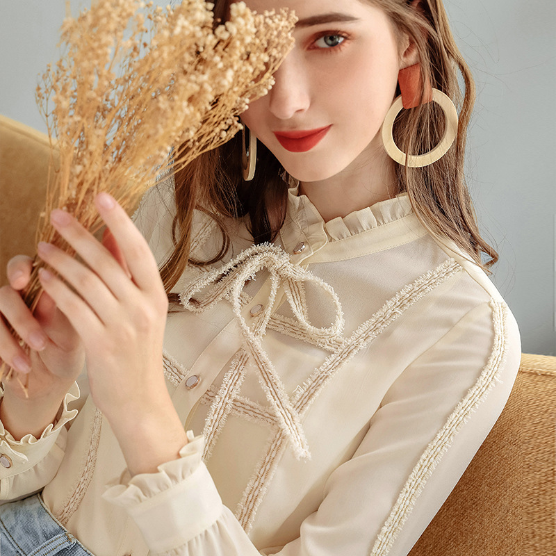 Small fragrance Plush shirt autumn / winter 2020 new womens lace standing collar long sleeve lady Chiffon Top