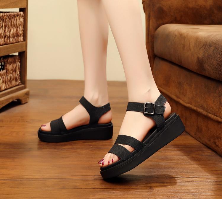 Thick bottom sandals womens versatile 2020 new flat bottom net red sandals diamond open toe womens shoes Roman beach sandals