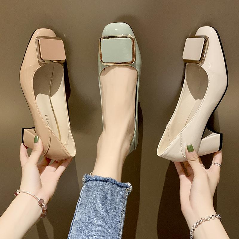 两穿女鞋2020新款网红方头浅口职业女单鞋复古百搭方扣粗跟高跟鞋图片