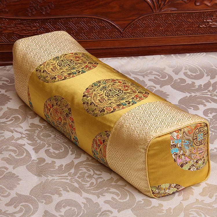 中国风古代老式宫廷绣花锦缎仿古长方形苦荞麦护颈椎牵引枕头限10000张券