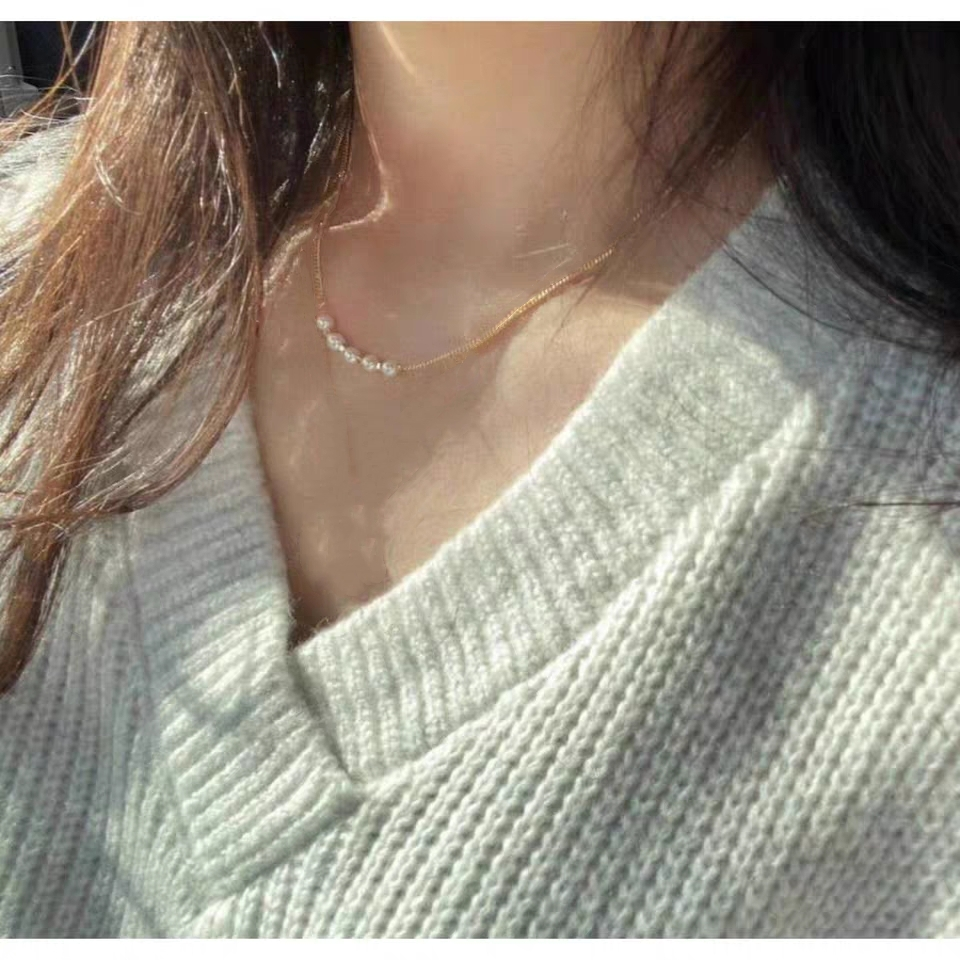 Kitty   pearl necklace baroque style, simple and sweet, versatile in spring and summer