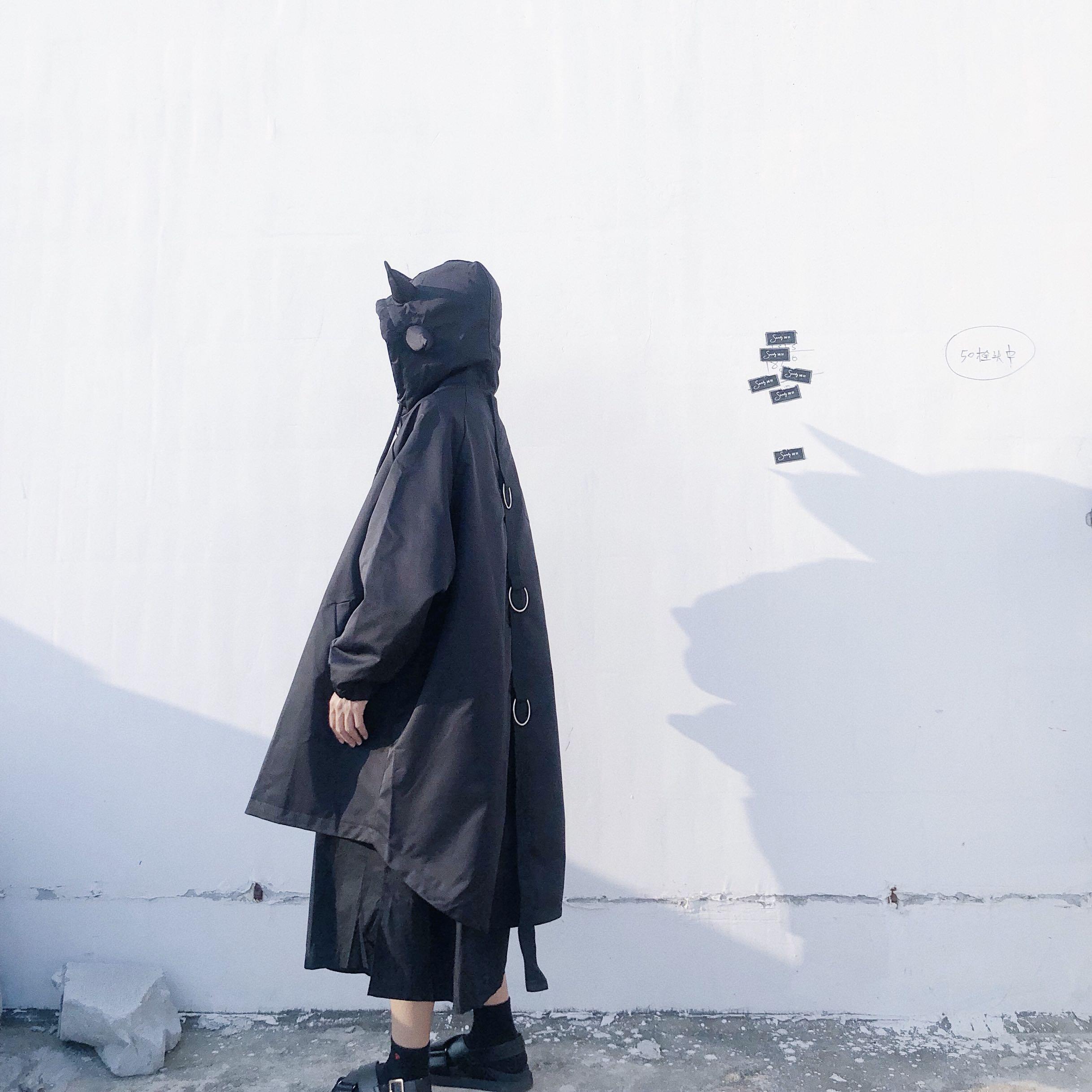 一只暗黑小恶魔 鬼马egg风少女感连帽中长款拉链风衣外套女冬新款