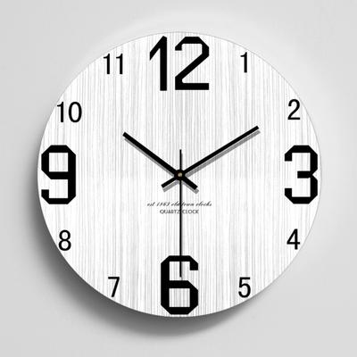 现代简约时尚客厅挂钟创意北欧个性木质木纹静音钟表时钟石英壁钟