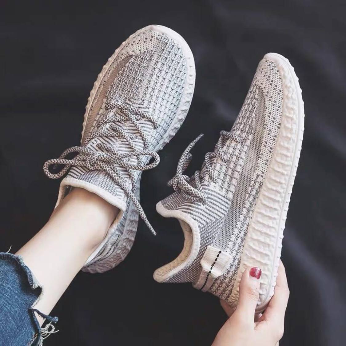 Sports shoes womens 2019 summer grey Korean mesh breathable soft bottom light casual casual coconut running shoes fashion