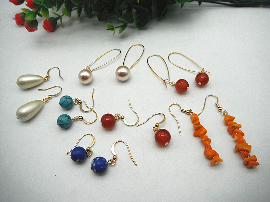 Qingdao Lihang jewelry plated 18K real gold copper autumn winter net red stone Pearl Earrings