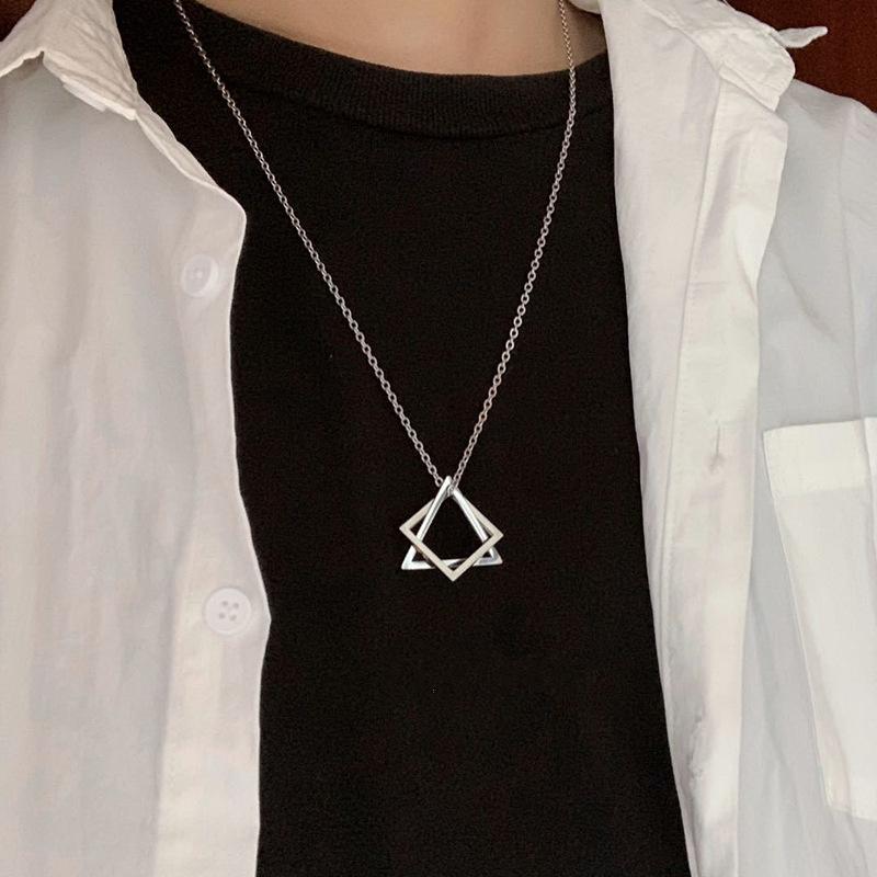 几何立体嘻哈钛钢项链简约ins冷淡风新款小众设计男女学生极吊坠