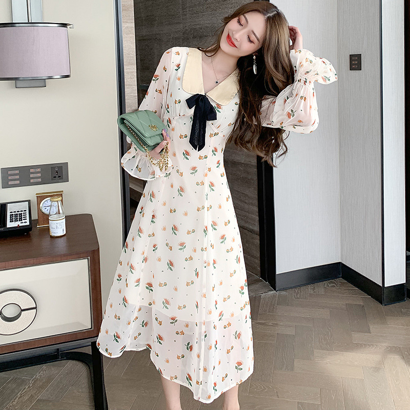 New French niche fresh and sweet print medium long dress with flared sleeve and waist closed, baby collar and foreign style dress
