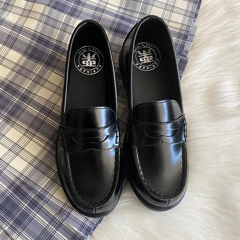 现货栗原熊女jk学生低跟黑小皮鞋