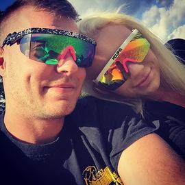欧美情侣大框太阳镜防紫外线防风防晒面罩眼镜出游炫彩骑行墨镜酷图片
