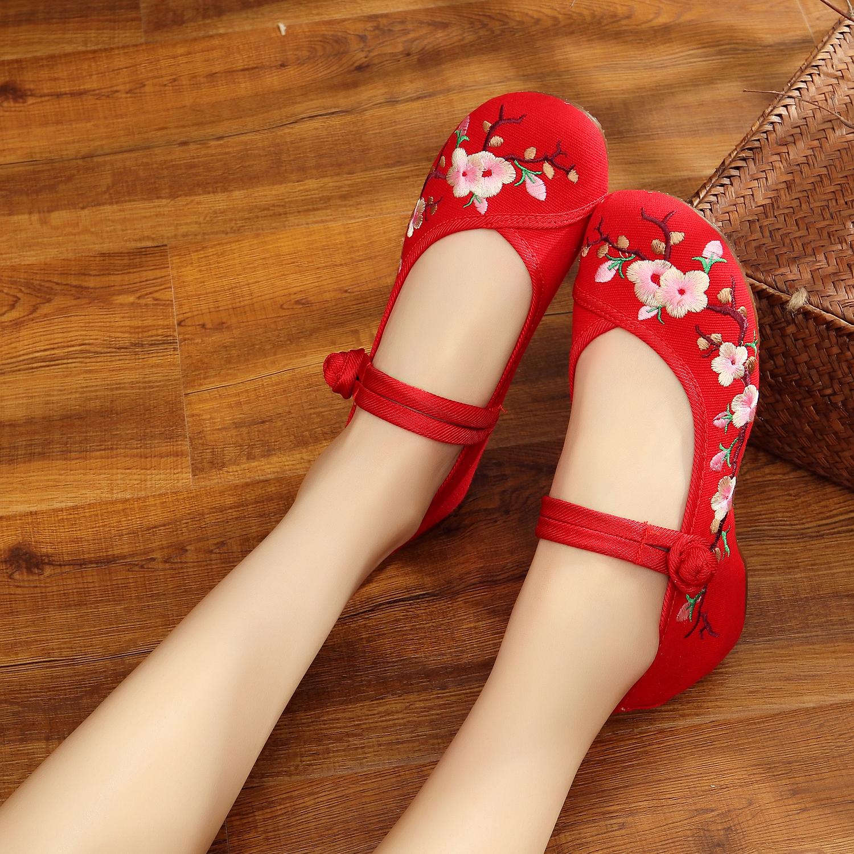 2019新款桃花刺绣复古传统绣花鞋中式红色婚鞋老北京布鞋女10856(非品牌)