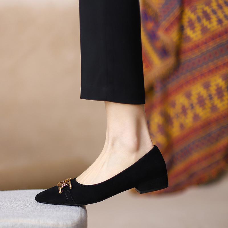 黑色单鞋2021年新款春秋韩版百搭尖头女鞋软皮不磨脚法式平底鞋女