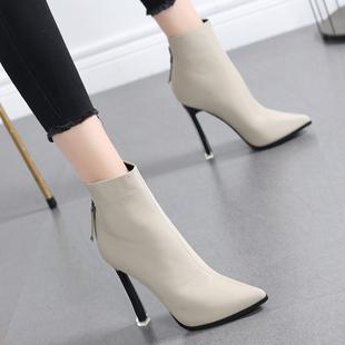 新款 网红小短靴女2020秋冬季 马丁靴女英伦风尖头高跟鞋 细跟瘦瘦靴