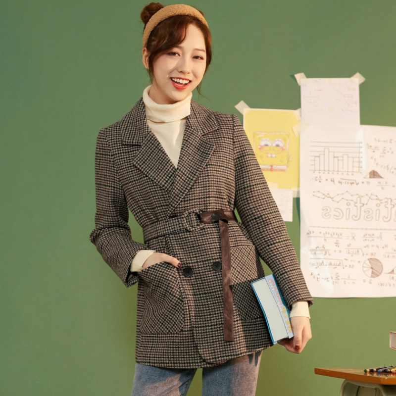 Plaid suit womens winter / spring 2020 new Korean retro slim coat