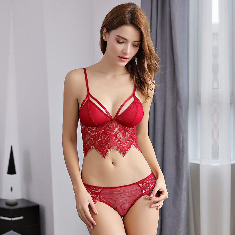 Victoria European and American fun triangle cup Sexy Secret Bra suit ultra thin gathered underwear womens Bra