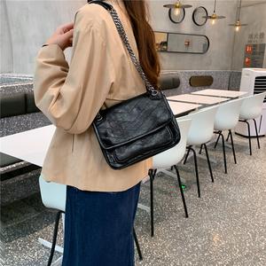 包包女包新款2020韩版大容量链条包高级感单肩斜跨包复古手提包潮