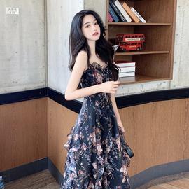 法式小众连衣裙夏季温柔风碎花吊带裙子女收腰显瘦气质雪纺长裙潮