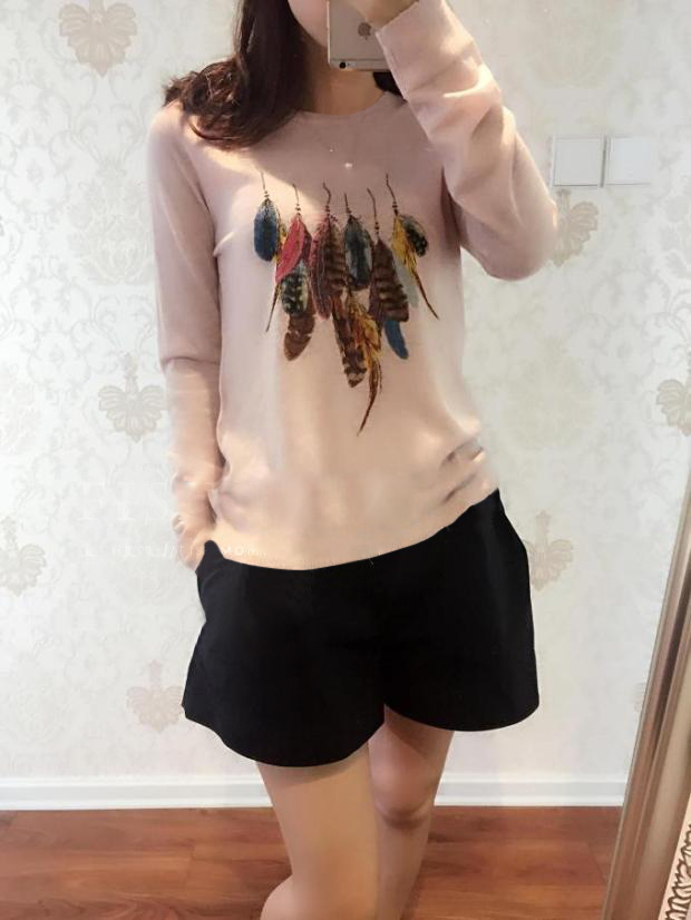 Autumn and winter round neck cashmere sweater womens Pullover Sweater feather printed wool knitted bottomed shirt temperament fashion versatile shirt