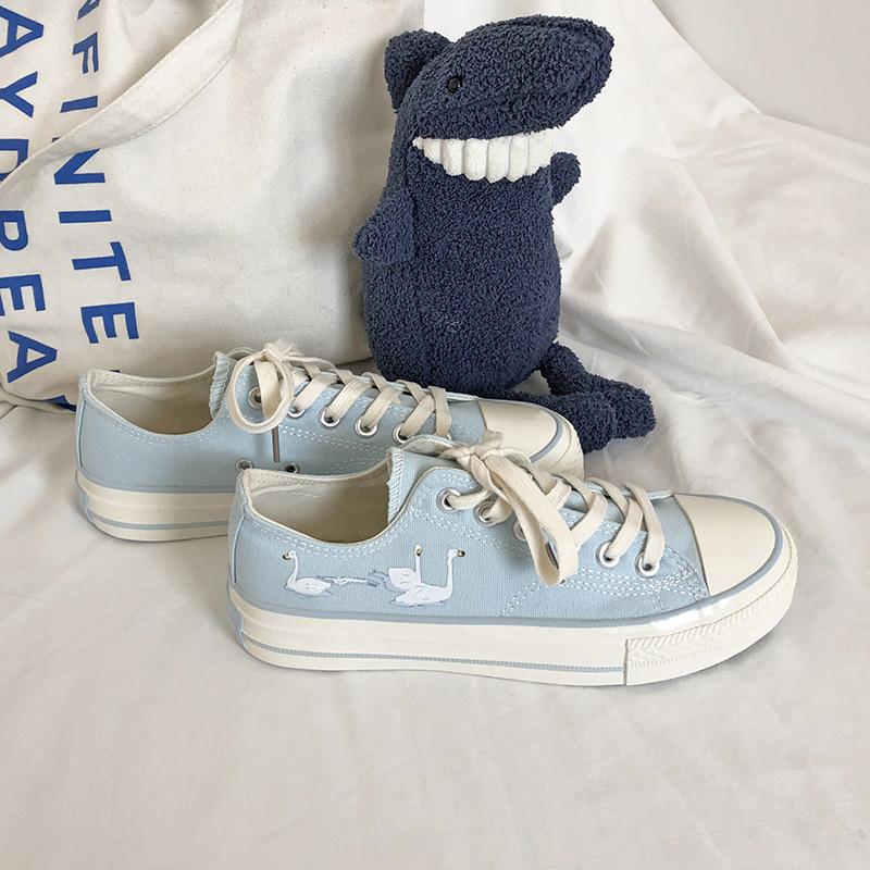 Sky blue cygnet girls canvas shoes Korean versatile print student 2021 spring and autumn new soft soles