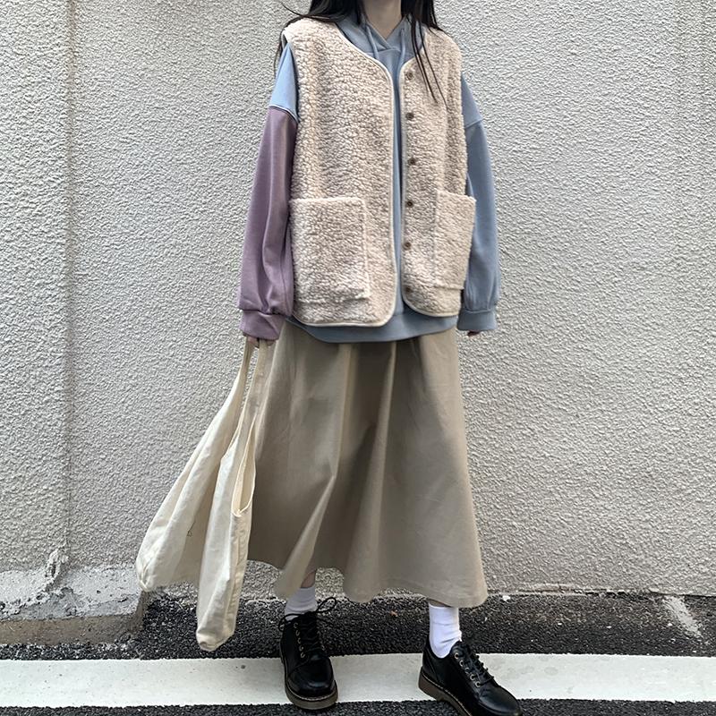 实拍实价 秋冬新款羊羔毛无袖马甲+拼色连帽卫衣+半身裙套装