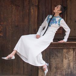 杨丽萍原创设计绣花民族风收腰重工刺绣花边领褶皱透气连衣裙女秋