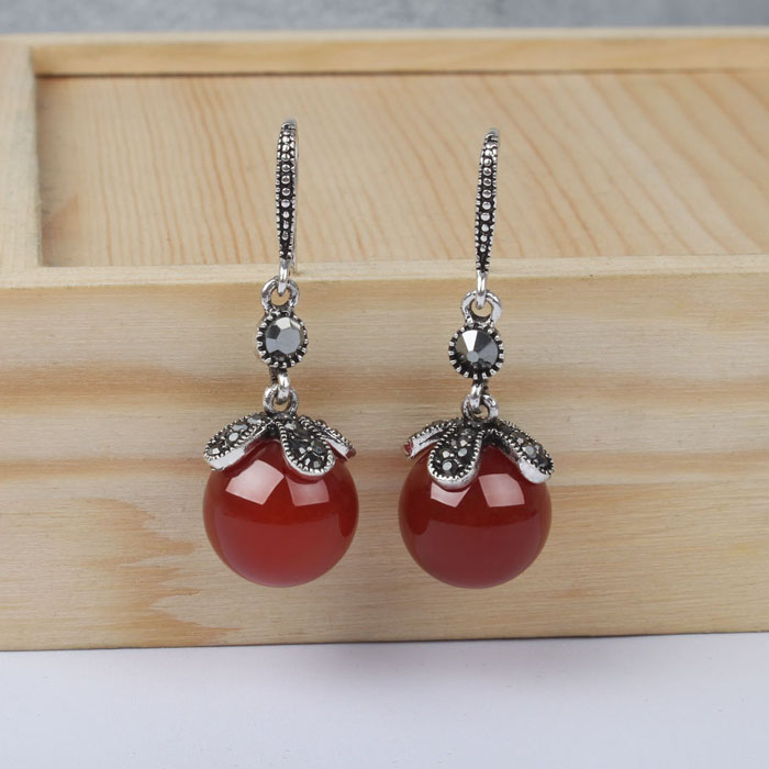 Earrings female mother style retro Thai silver earrings temperament Green Agate Ruby Hook Earrings female temperament long style