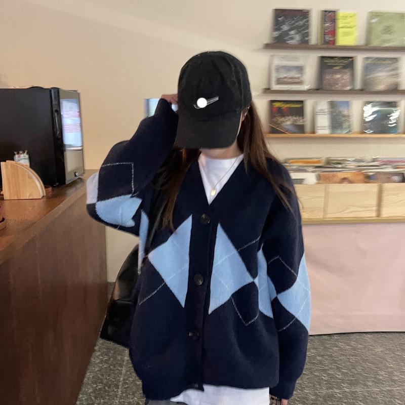 T-shirt cardigan 2021 spring new stitching diamond plaid sweater mid length slim metal button fly sleeve coat