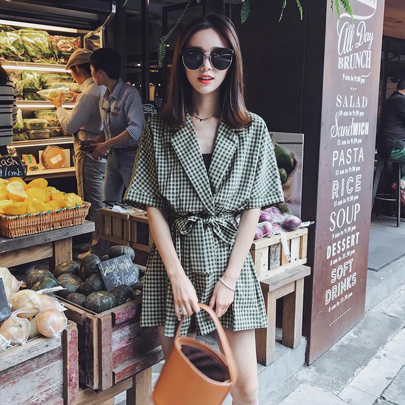 2018夏季新款格子�B�w�女V�I系�э@瘦�凸��松�腿短��B衣�潮