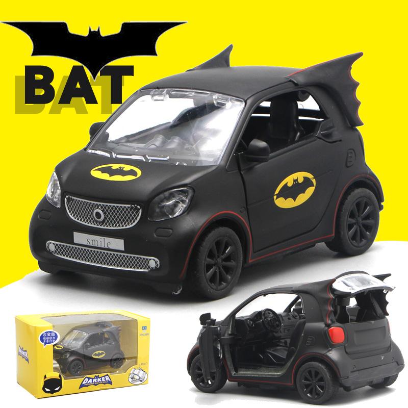奔驰smart蝙蝠侠款车模型仿真合金回力声光卡通英雄男孩玩具车