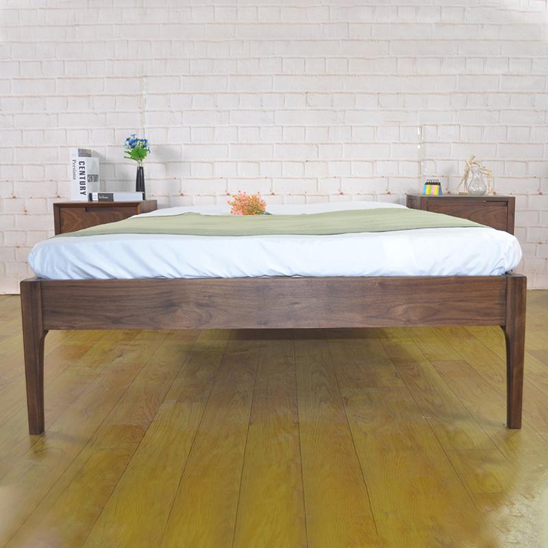 木の近代的なシンプルで贅沢な風の低いベッドのネットの赤いベッドの棚はベッドのカスタムベッドの1.518メートルのシングルのダブルベッドがありません。