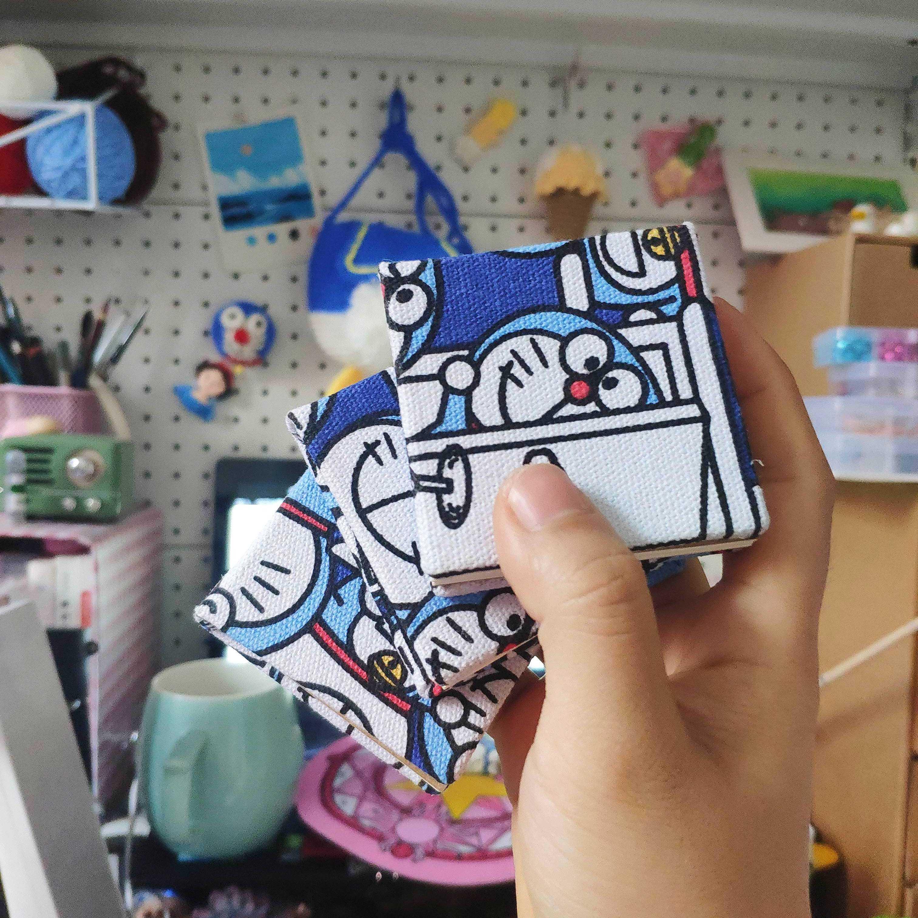 包邮6cm王家大小姐吖布艺手工水彩本掌上绘本买买一送一迷你款