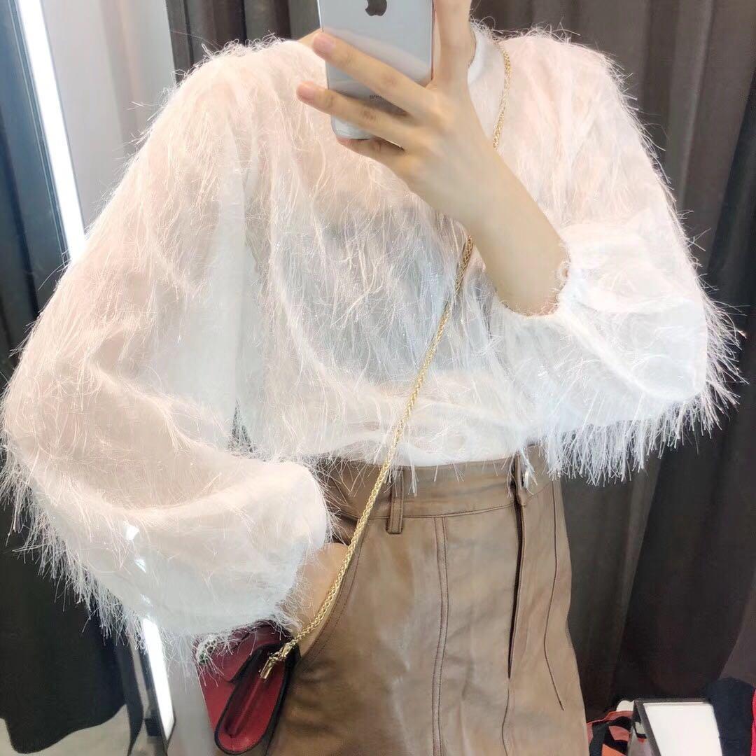 79.00元包邮春季上衣女2019新款韩版时尚甜美毛毛流苏宽松雪纺洋气小衫蕾丝衫