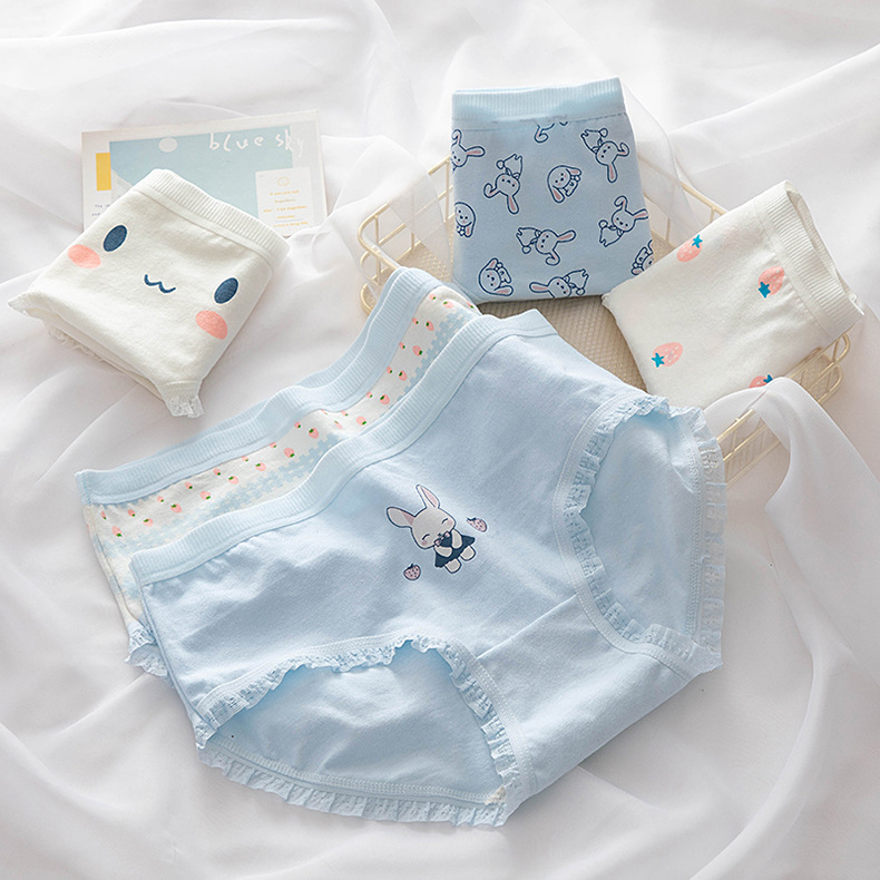 Japanese cute cartoon girls underwear girls pure cotton middle school students comfortable and breathable briefs middle waist low waist gift box