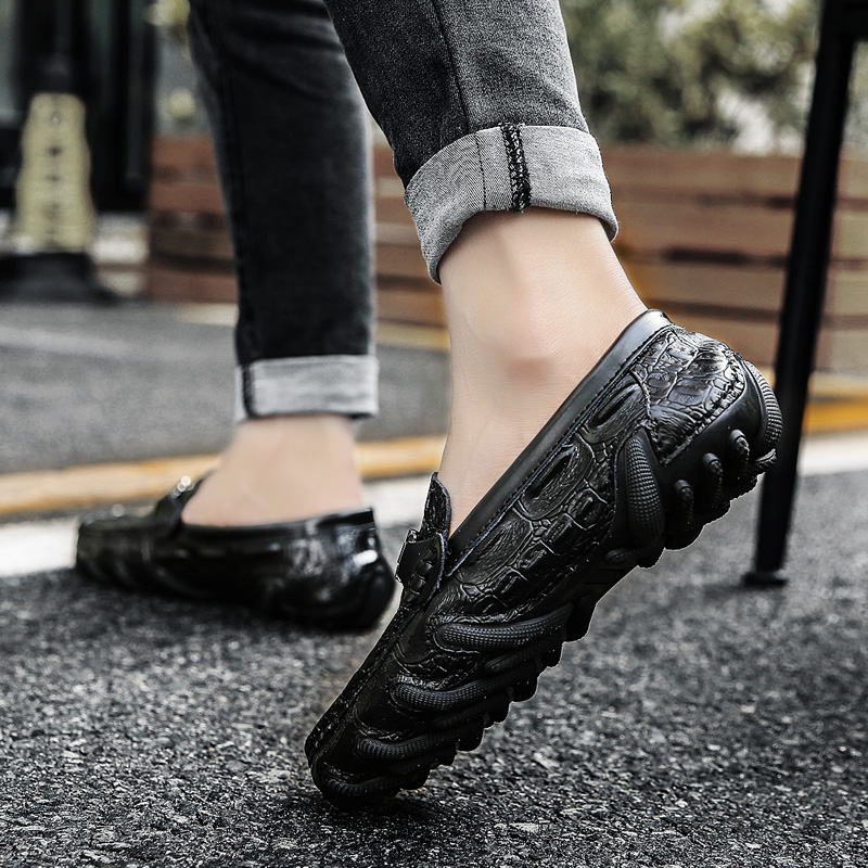 Summer air permeable hollow beans shoes men's leather crocodile fashion Korean version of British society lazy casual shoes