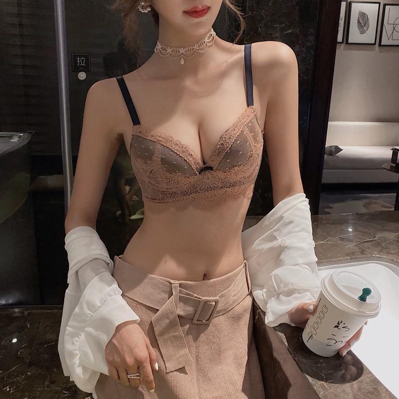 维多利亚性感内衣女无钢圈聚拢小胸罩收副乳上托调整型文胸的秘密